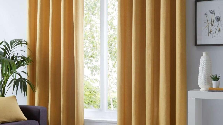 Curtain Medium Lined per M2